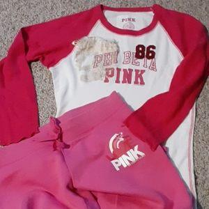 VS Pink sweatpants and t-shirt